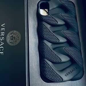 Versace Iphone X Chain Reaction Case